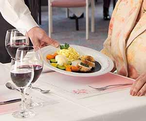 Silvestertreff mit Abendessen (Speisesaal) – bitte anmelden @ Speisesaal, ParkWohnStift